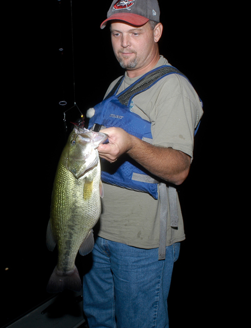 Spring the best time for trophy largemouth bass for When is the best time to fish for bass