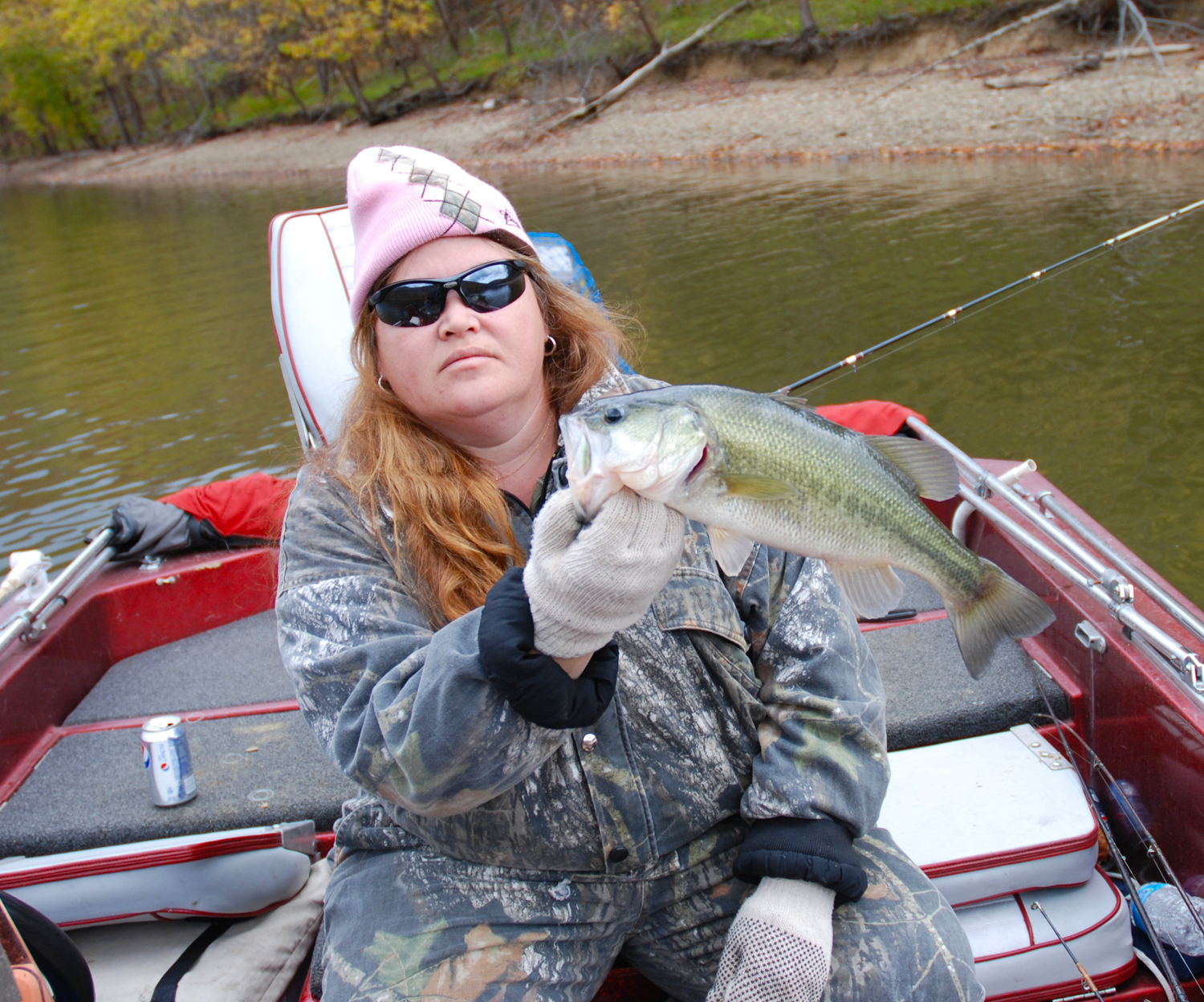 Cave run muskie fall fishing the best cave for Ky fishing license